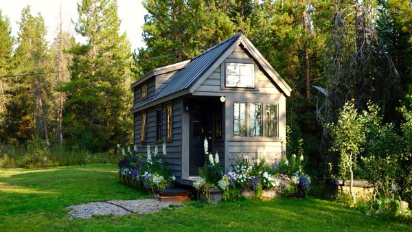 Tiny Houses: 5 Secrets These Homeowners Won't Tell You