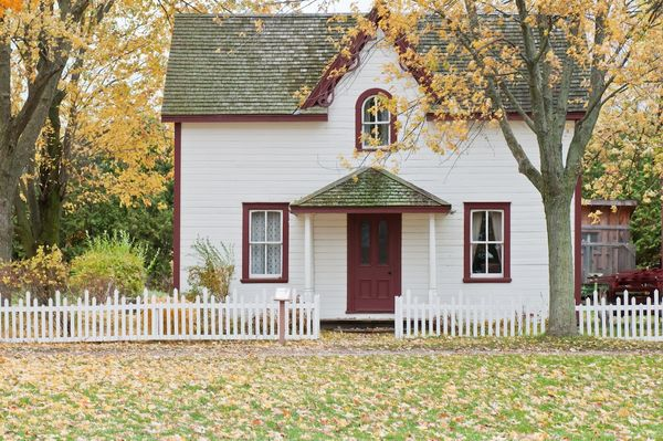 Top 10 Fall Home Maintenance Tips—Get Ready for the Season!